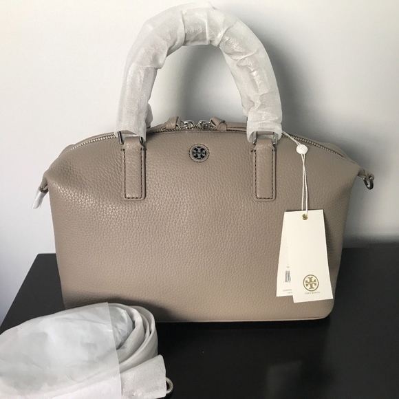 3eb3a6d2443 NWT Tory Burch Brody Small Slouchy Satchel